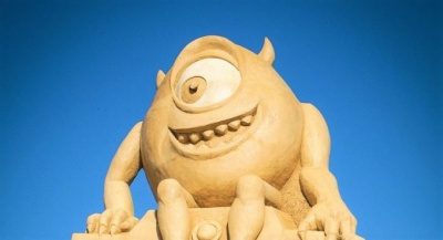 The sand figures are waiting for you in Burgas. 19 sculptures carved favorite children's characters